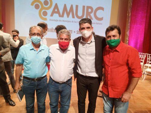 Prefeitos de Itororó, Paulo Rios, e de Itarantim, Fábio Gusmão, participam de evento